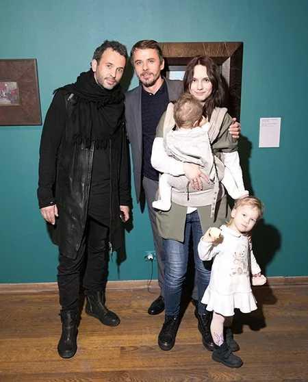 Игорь Петренко показал младшую дочь