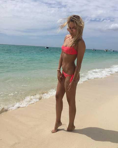 Юлия Ковальчук официально объявила о своей беременности
