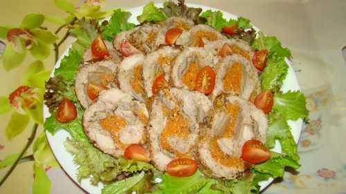 Вкусный салат из свинины к столу