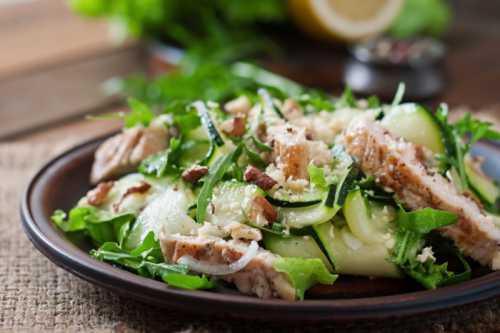 Рецепты салата с куриной грудкой и огурцом,
